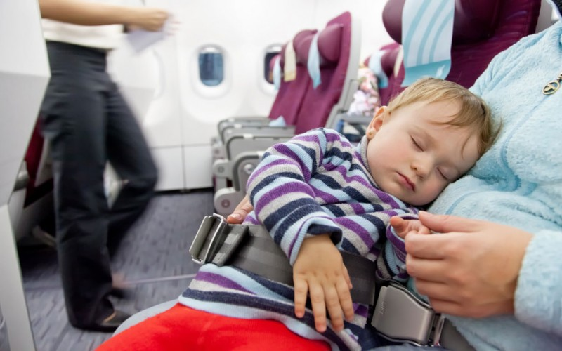 Dealing with jet lag in a toddler or baby