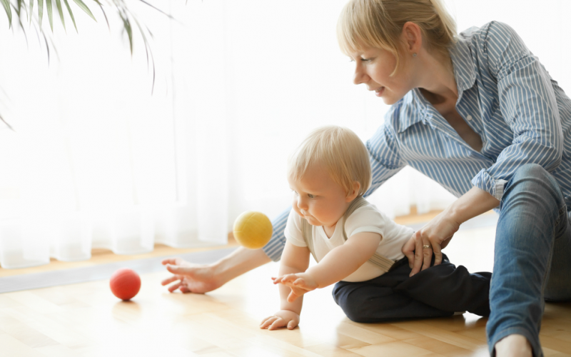 Developmental milestones: red flags for 12-15 months old