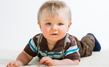 Developmental milestones: red flags for 16-19 months old