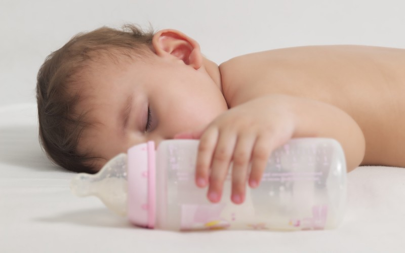 How can I get my breastfed baby to take from a bottle?