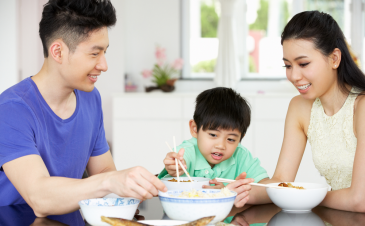 QOD: Should I allow my child to serve his own food at mealtime?