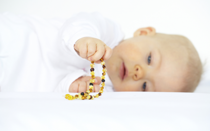 Can my baby use an amber teething necklace?