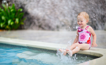 When should my child take swimming lessons?