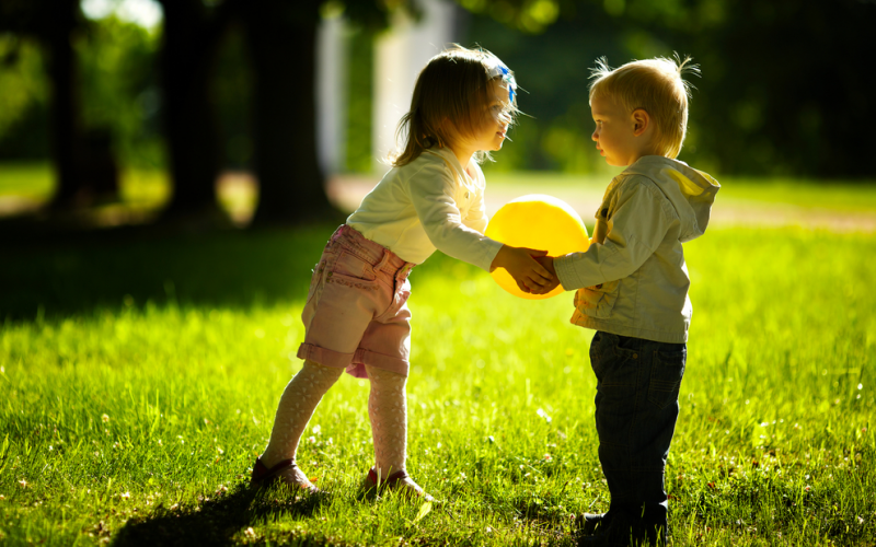 6 ways to teach your child how to be a good sport