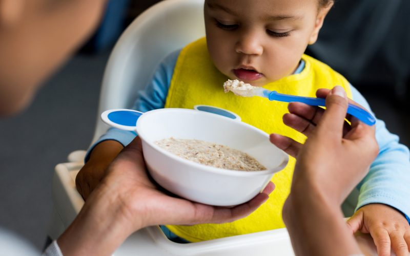 8 rules for starting your baby on solids