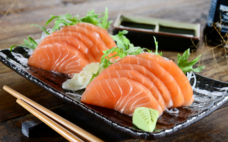 When can your child eat sushi and raw fish for Raw fish food poisoning