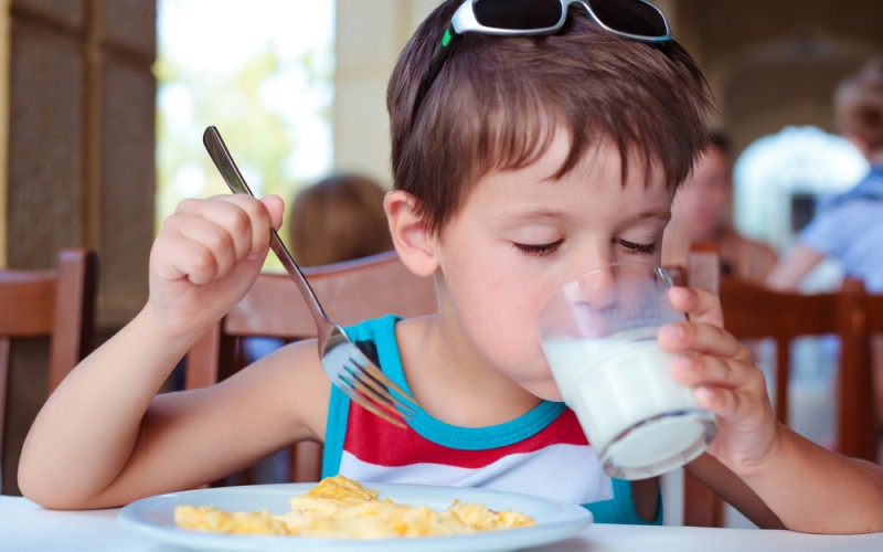 4 ways to know if your child has a food allergy