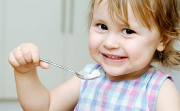 4 easy rules for choosing yogurt for your child