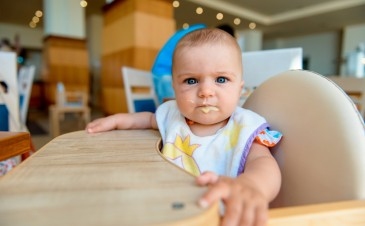 The 4 major signs your baby is ready to move on with food