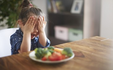Picky eater: 5 tips for surviving the toddler veggie strike