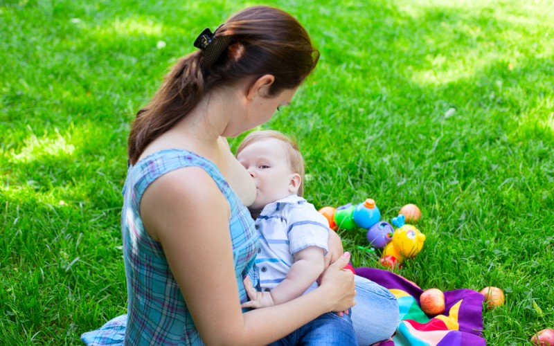 Q&A with Leigh Anne O'Connor: Breastfeeding your 8 month old baby