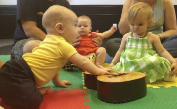 Benefits of music for babies and toddlers