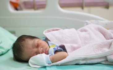 Treatment of opioid addiction in newborns