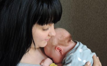 Postpartum recovery: bleeding and cramping after giving birth